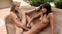 Wild babes fuck each other's cunts and indulge in simultaneous orgasms