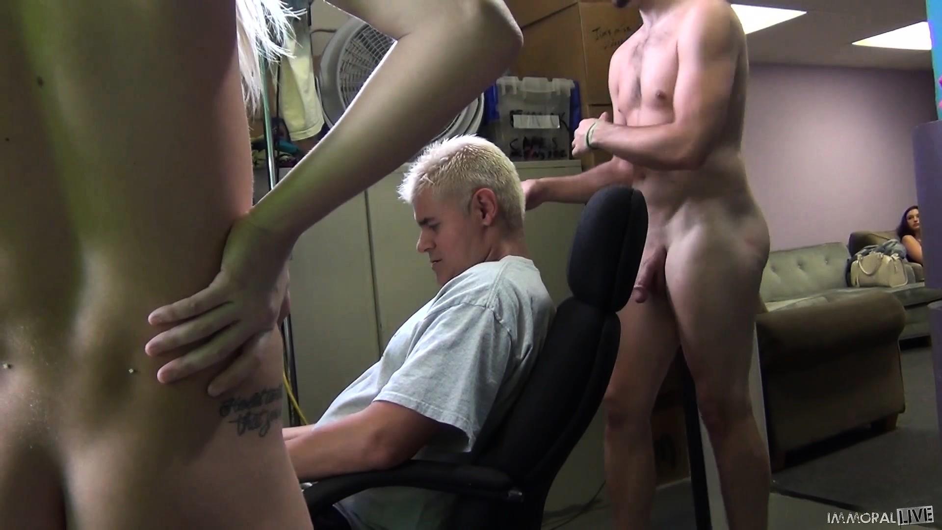 hud-film-masturbatsiya