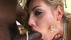 Glamor blonde gets two hard rods pounding her every hole and gets anally fucked