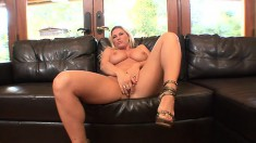 Hot blonde with great T&A teases, gets humped and throws in some head