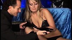 Latex whore Michaela has a clean shaven pussy and is all ready for a XXX show